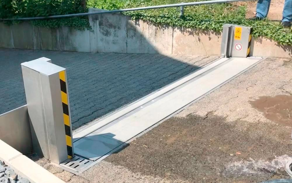 """Automatic Passive Flood Barrier - FM Approved - Operates Automatically - Stainless Steel - 8' x 18"""""""